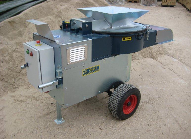 Broyeur écoénergétique 11 kW pour le broyage des matières premières. Avec crépine interchangeable