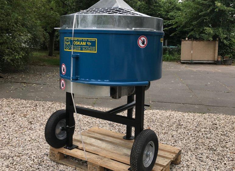Mélangeur pour 325 litres / 1 balle de capacité de chanvre.